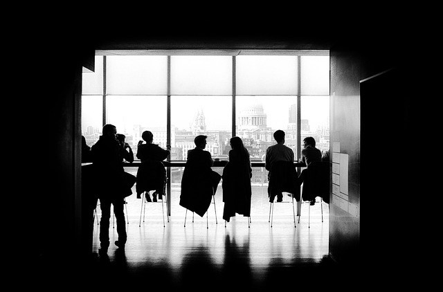 6 Sales Training Ideas for Your Next Team Meeting