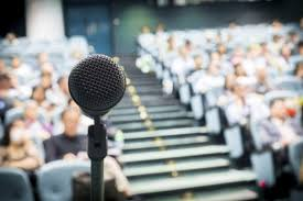 How to Speak from Notes or a Manuscript in Public Speaking